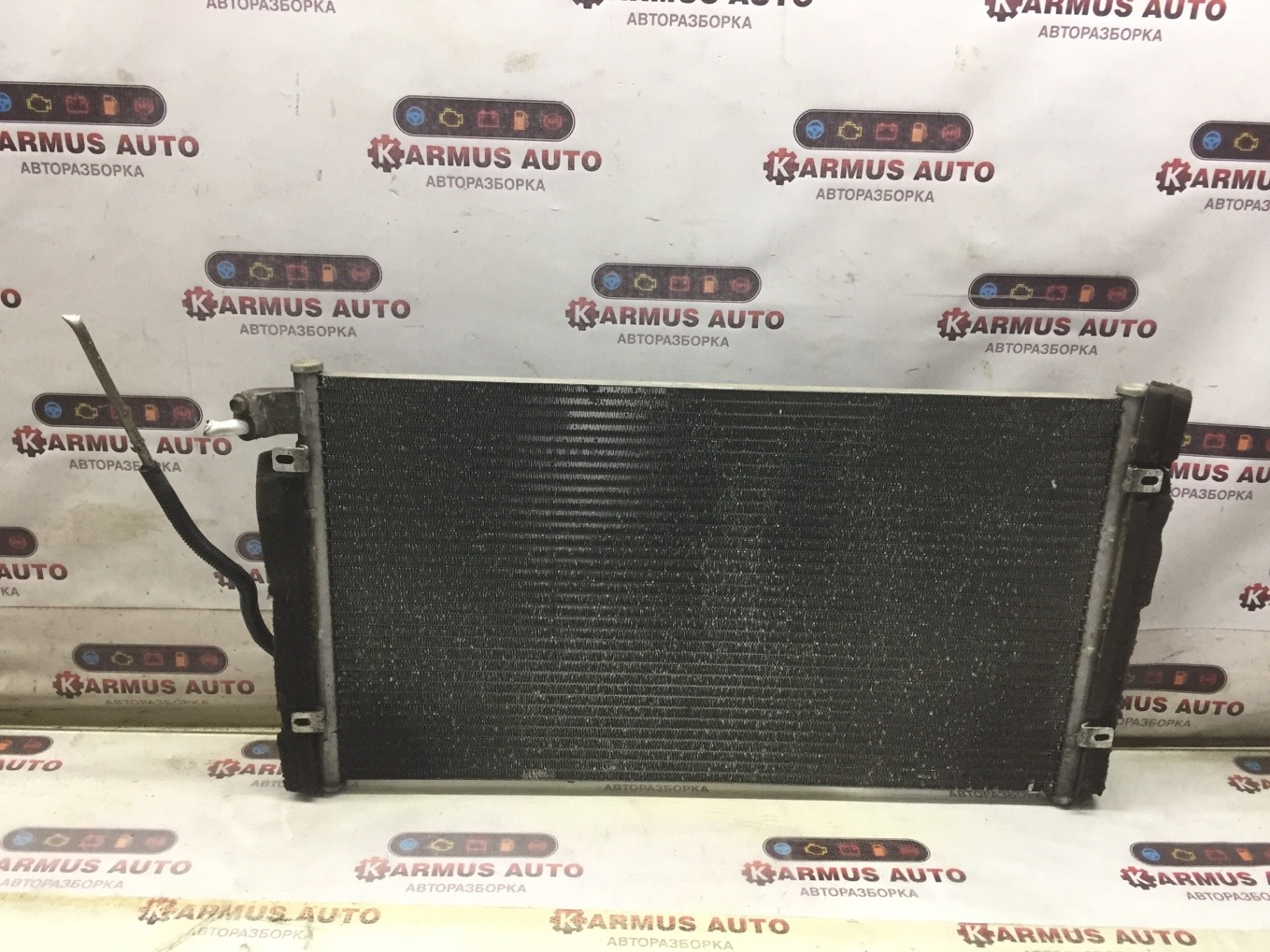 Радиатор кондиционера Nissan Gloria HY34 VQ30DD