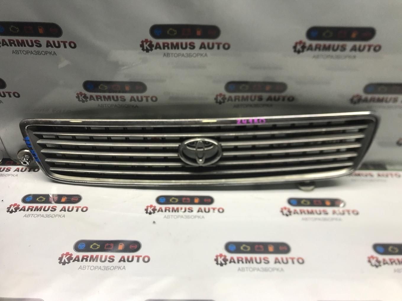 Решетка радиатора Toyota Hiace KZH106 1KZTE