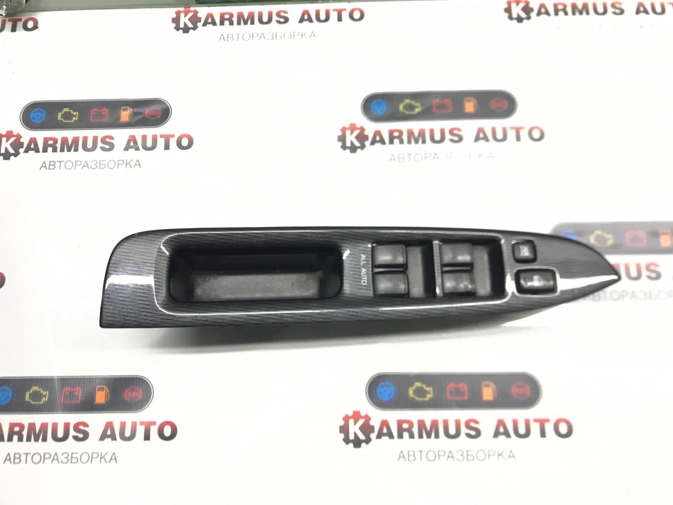 Блок управления стеклоподъемником Toyota Mark Ii Wagon Blit JZX110 1JZFSE передний правый