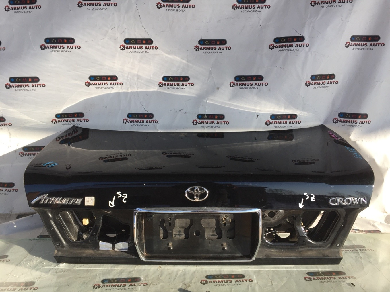 Крышка багажника Toyota Crown JZS175 2JZFSE