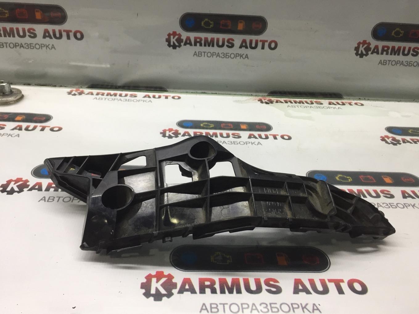 Крепление бампера Toyota Highlander ASU50 1ARFE переднее правое