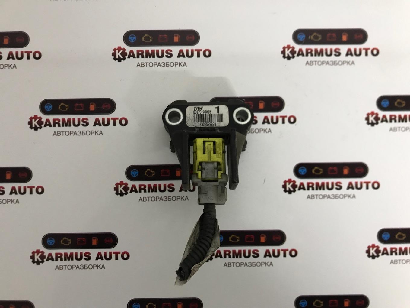 Датчик airbag Toyota Mark X GRX120 3GRFSE передний левый