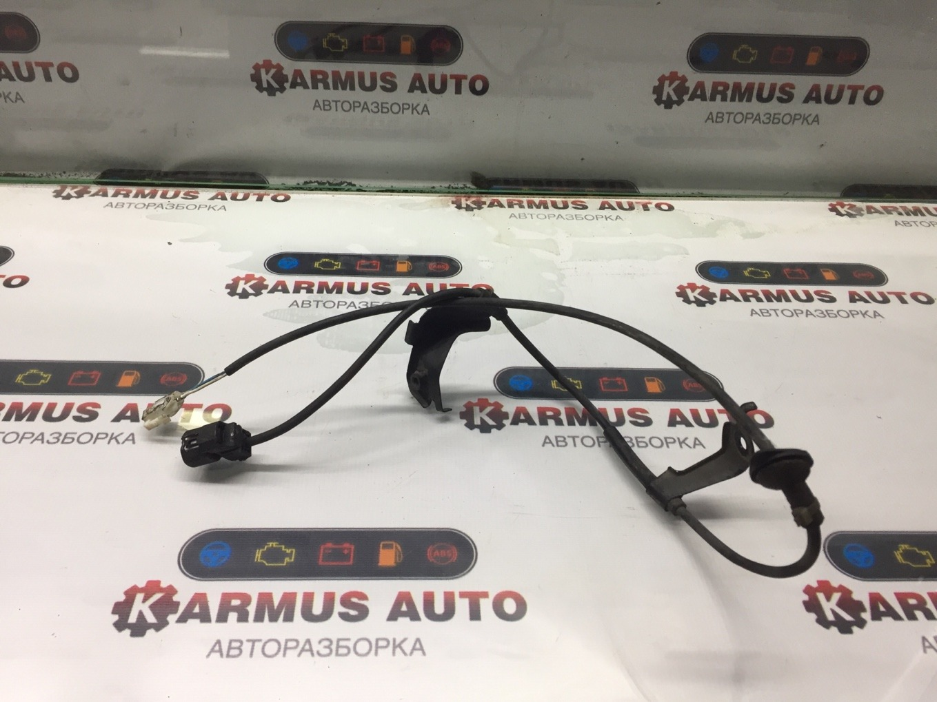 Провод датчика abs Toyota Isis ANM10 1AZFSE задний левый