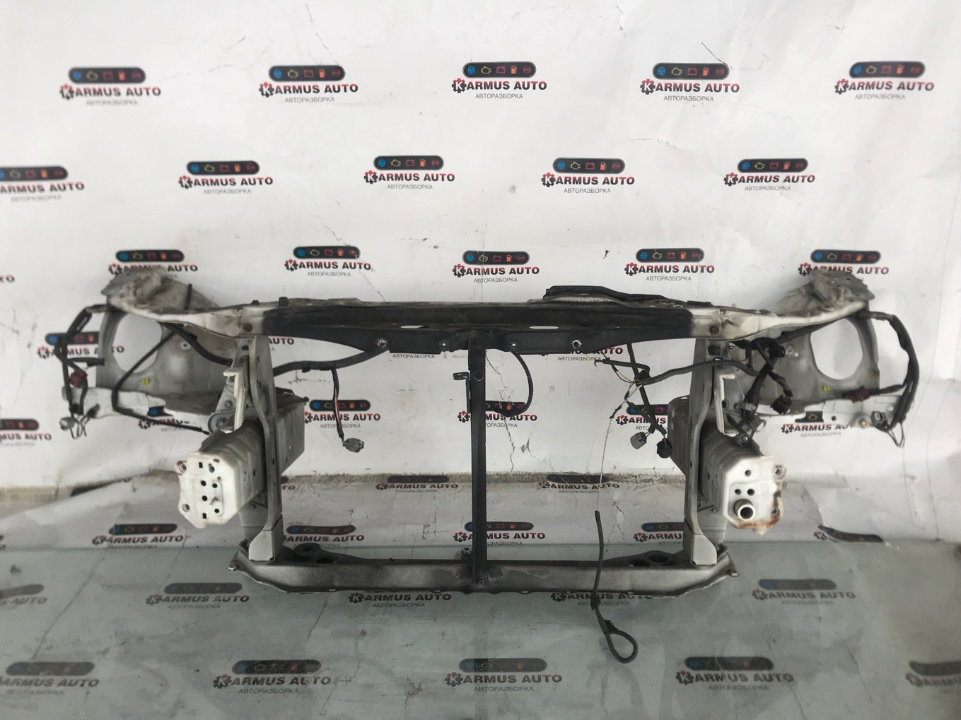 Рамка радиатора Toyota Mark X GRX120 3GRFSE