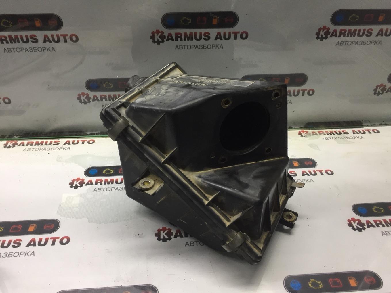 Корпус воздушного фильтра Nissan Terrano WD21 VG30E
