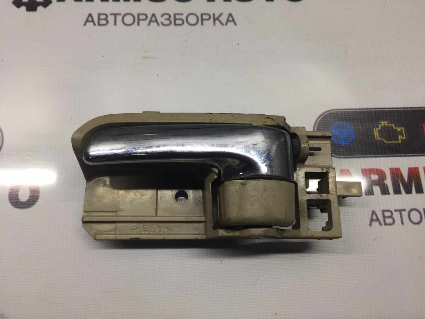 Ручка двери внутренняя Toyota Spacio NZE121 1NZFE передняя левая