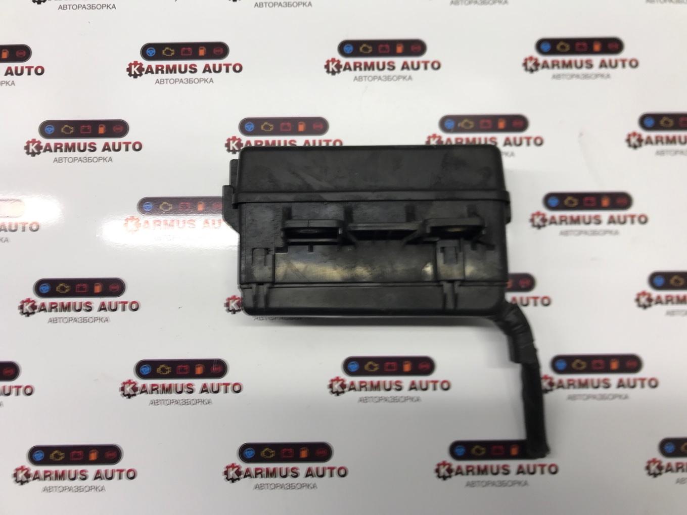 Блок реле Toyota Avensis AZT250 2AZFSE