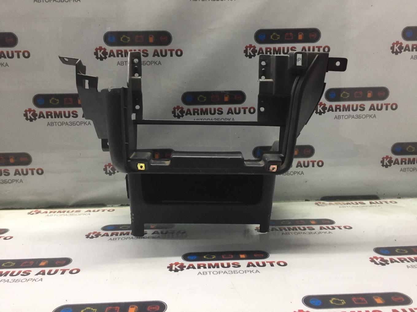 Консоль центральная Nissan Terrano RR50 QD32TI