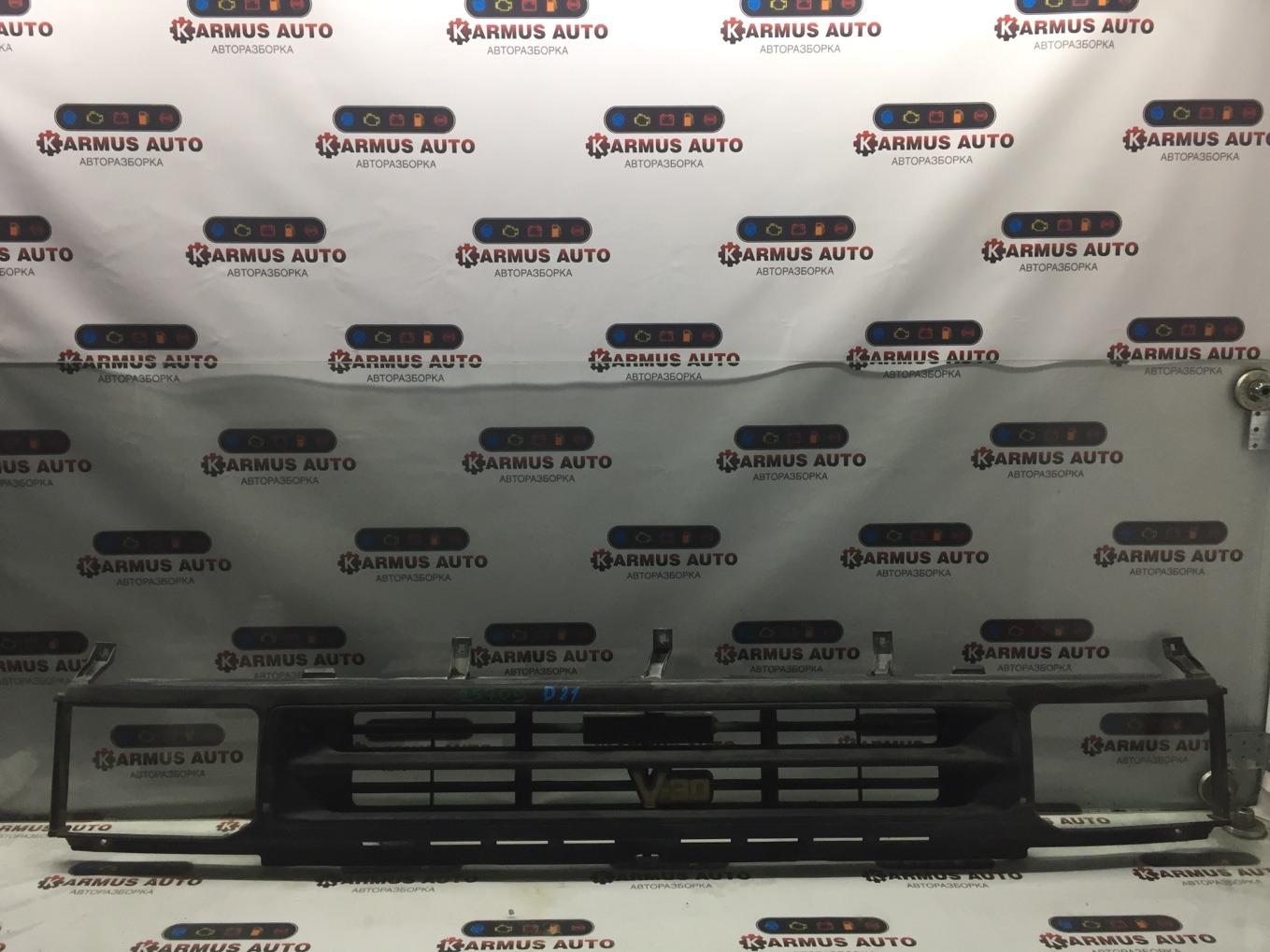 Решетка радиатора Nissan Terrano WHYD21 VG30E