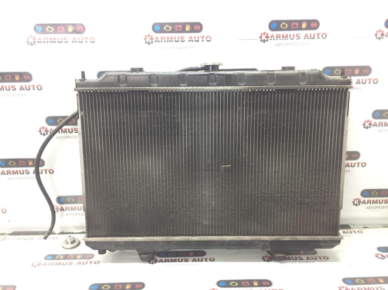 Радиатор основной Nissan Cefiro A33 VQ20DE