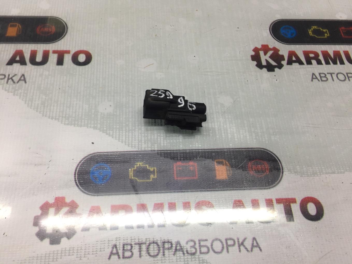 Датчик наружной температуры Toyota Opa ZCT10 1ZZFE