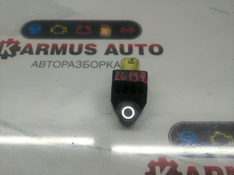 Датчик airbag Subaru Exiga YA4 EJ204 левый