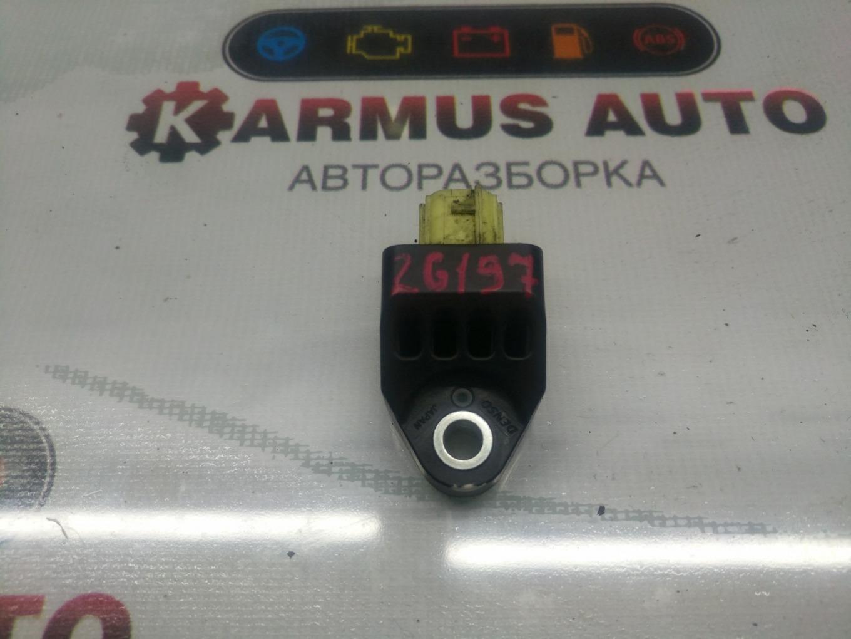 Датчик airbag Subaru Exiga YA4 EJ204 правый