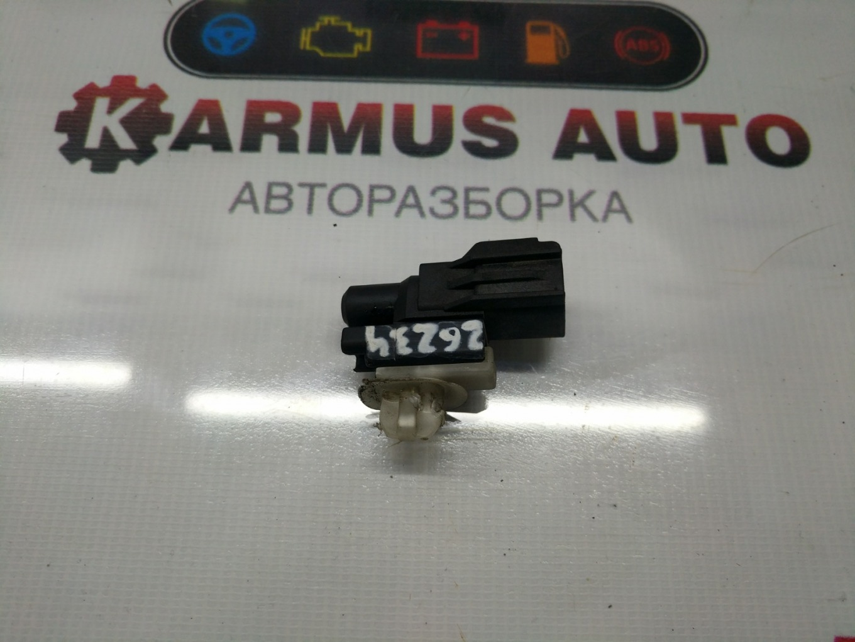 Датчик температуры Toyota Vitz NCP10 2NZFE
