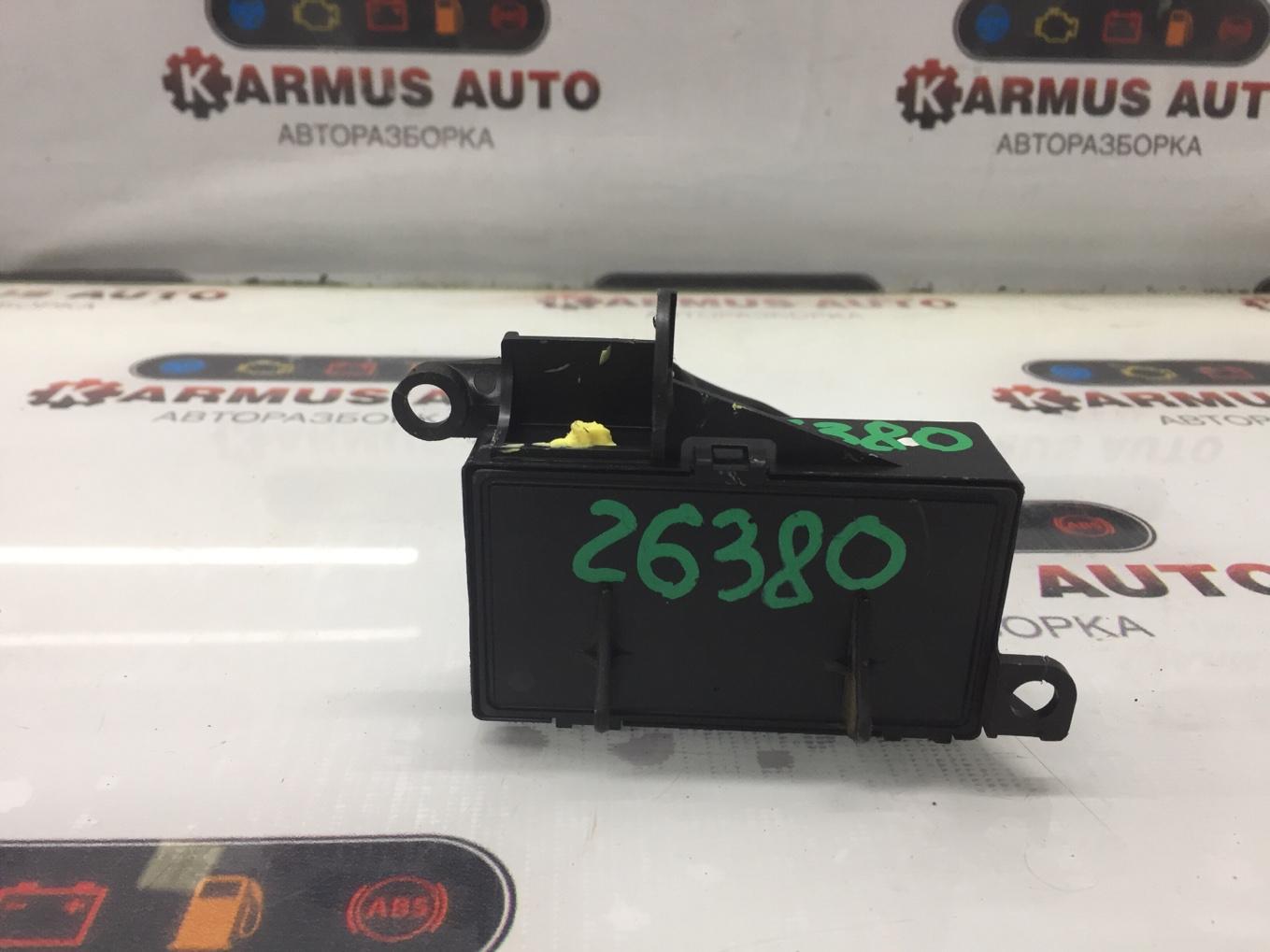 Блок управления рулевой рейкой Toyota Crown GRS182 3GRFSE