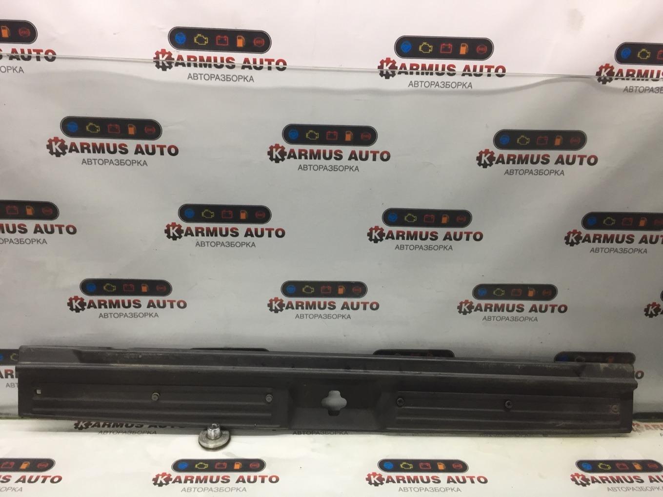 Панель замка багажника Nissan Terrano RR50 QD32TI