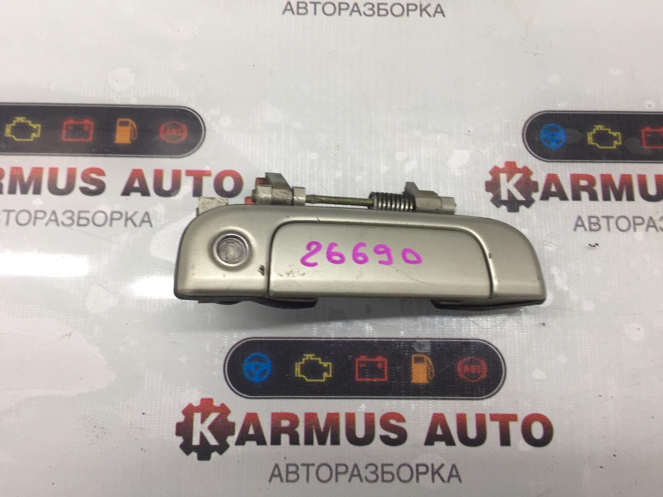 Ручка двери наружная Toyota Hiace KZH106 1KZTE передняя правая