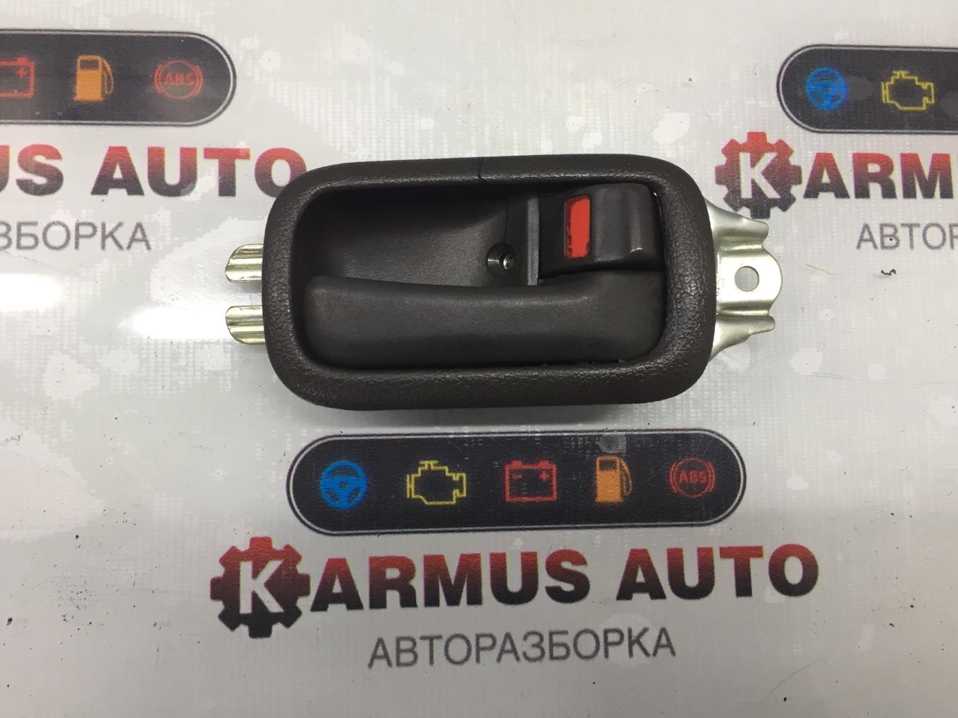 Ручка двери внутренняя Toyota Hiace KZH106 1KZTE передняя правая