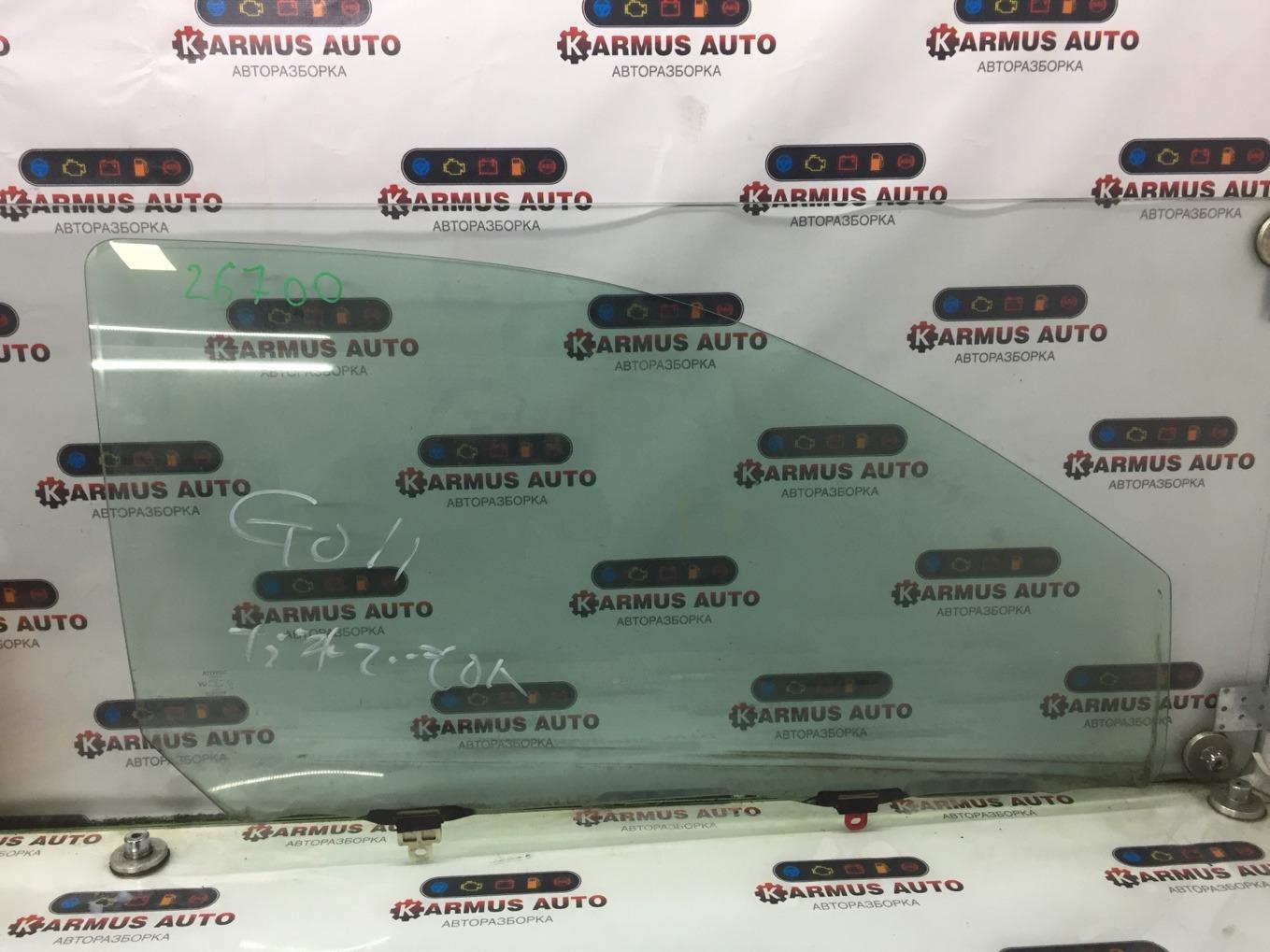 Стекло боковое Toyota Vitz NCP10 2NZFE переднее правое
