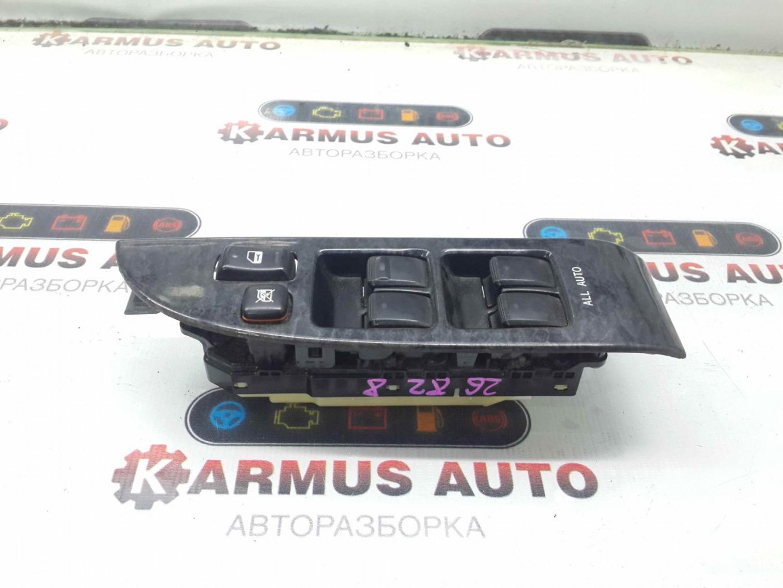Блок управления стеклоподъемником Toyota Brevis JCG10 1JZFSE передний правый