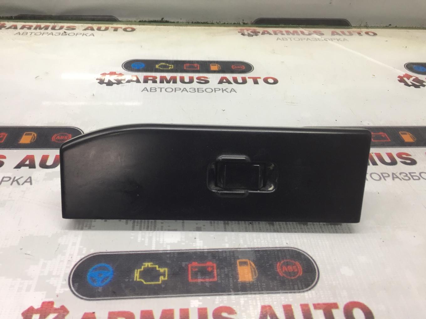 Блок управления стеклоподъемником Nissan Terrano WHYD21 VG30E передний левый