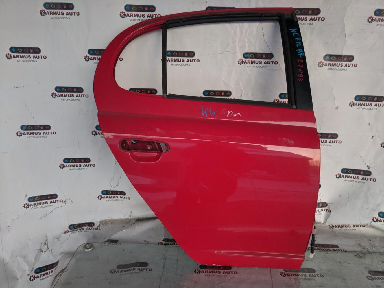 Дверь Toyota Platz NCP12 1NZFE задняя правая