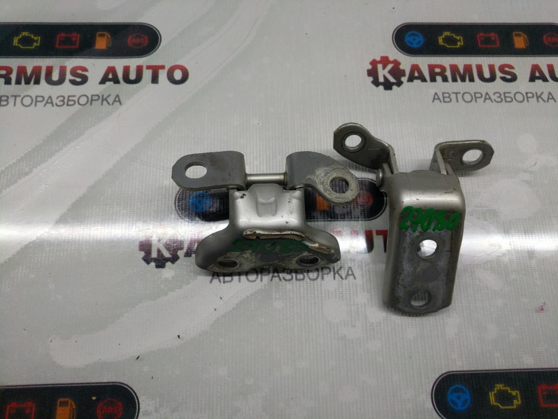 Петля двери Toyota Mark X Zio ANA10 2AZFE задняя левая