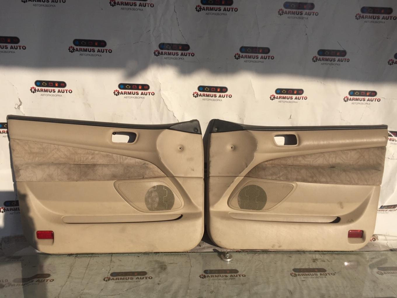 Обшивка двери Toyota Vista Ardeo SV50 1AZFE передняя
