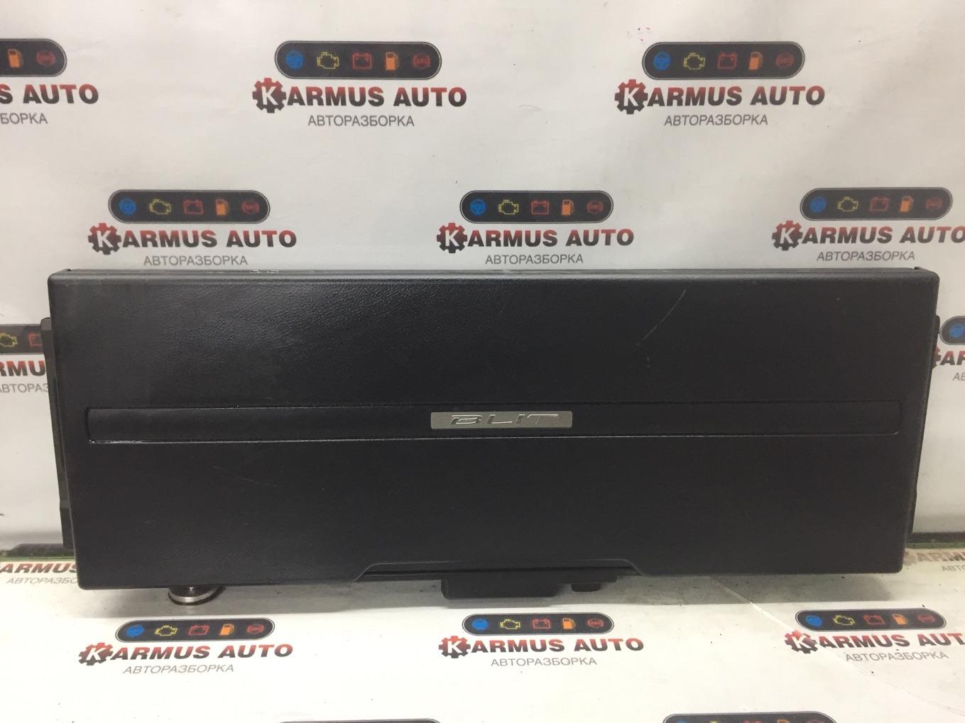 Ящик в багажник Toyota Mark Ii Wagon Blit GX110 1GFE