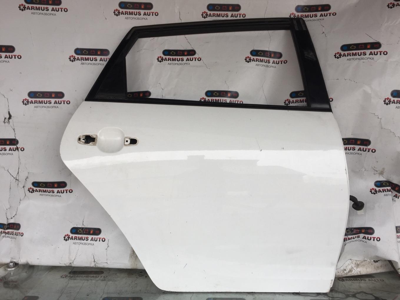 Дверь Toyota Caldina ZZT241W 1ZZFE задняя правая