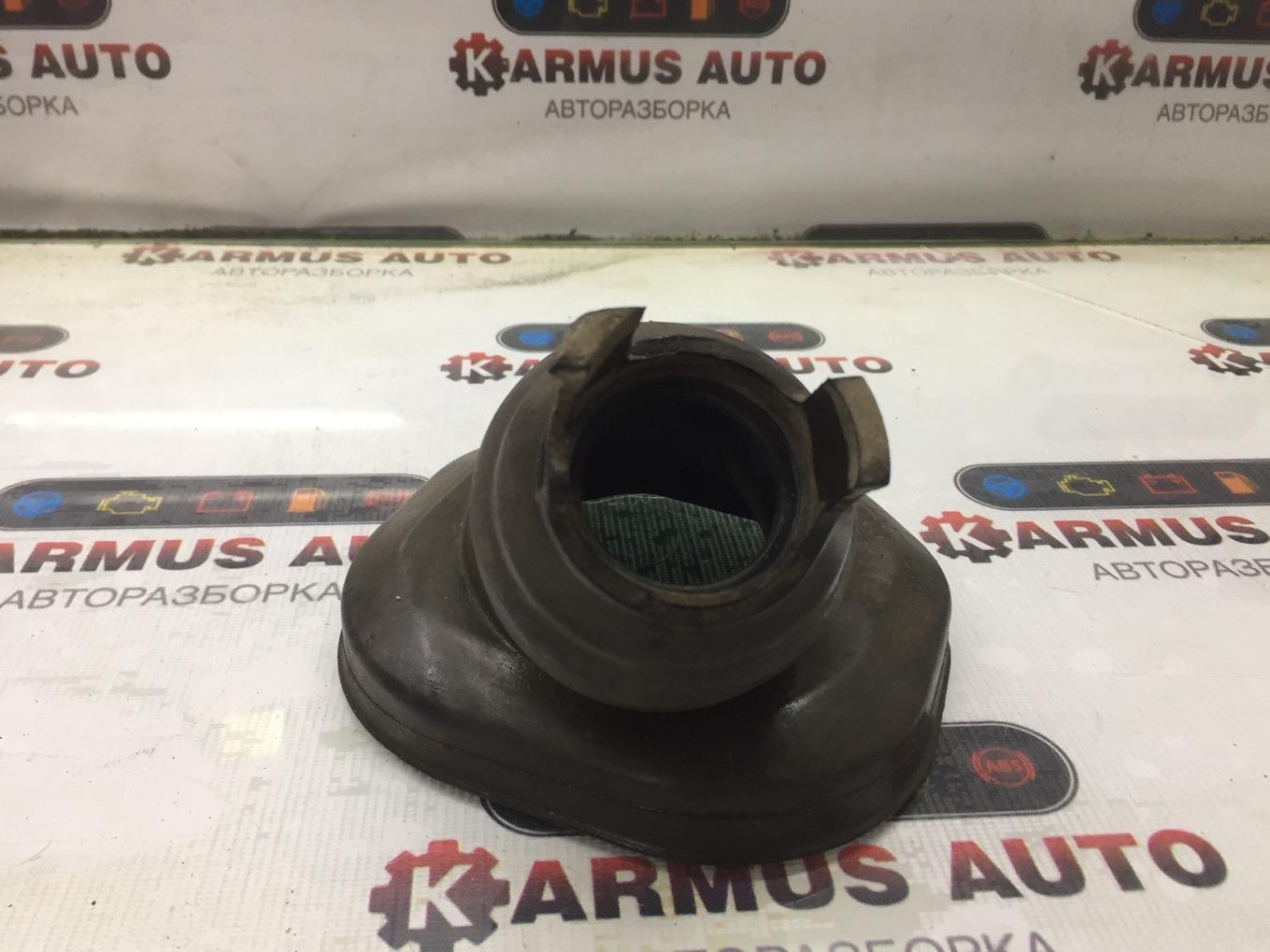 Пыльник рулевой колонки Toyota Caldina ZZT241W 1ZZFE