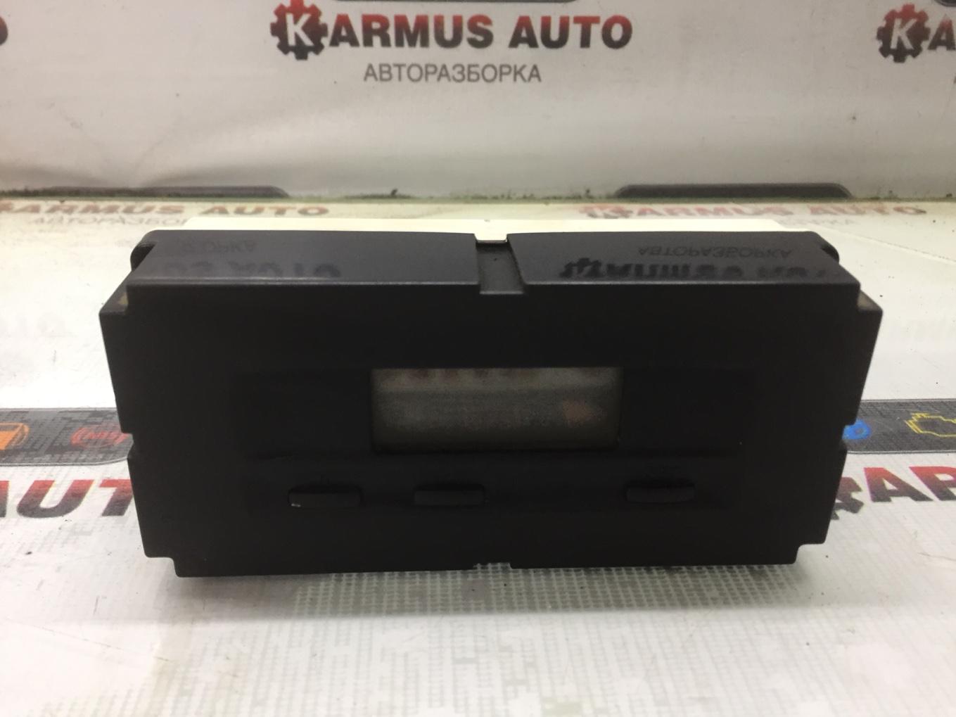 Часы Mitsubishi Chariot Grandis N94W 4G64 1997