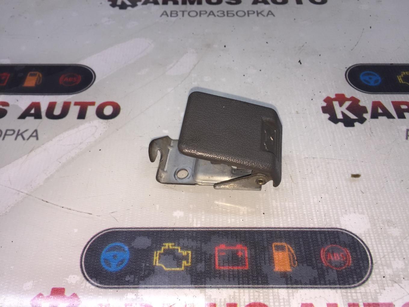 Ручка открытия капота Mitsubishi Chariot Grandis N94W 4G64 1997