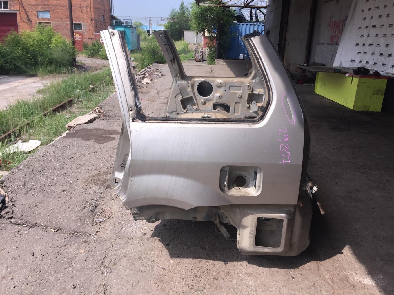 Крыло Mitsubishi Chariot Grandis N94W 4G64 1997 заднее левое