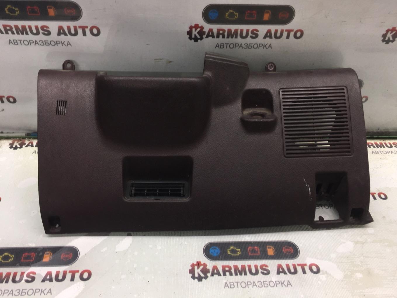 Консоль под рулевой колонкой Toyota Corolla AE91 5AF 1988