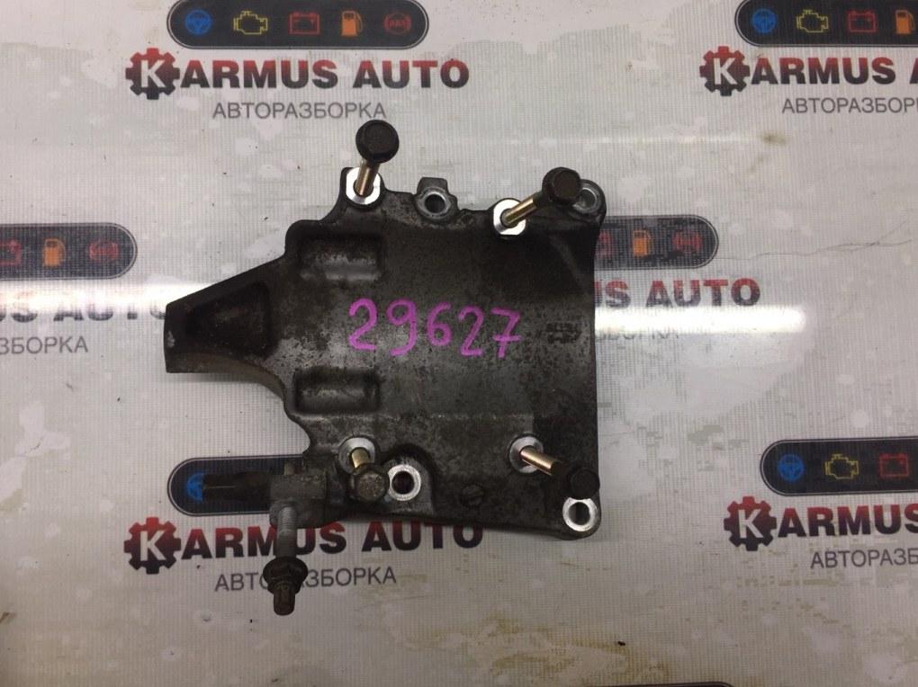 Кронштейн компрессора кондиционера Honda Cr-V RD1 B20B