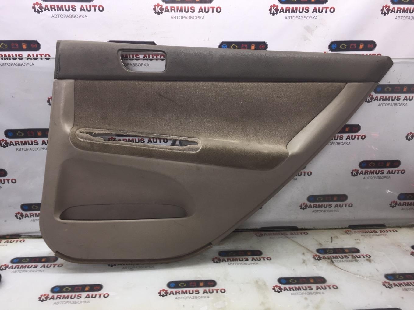 Обшивка двери Toyota Camry ACV35 2AZFE задняя правая
