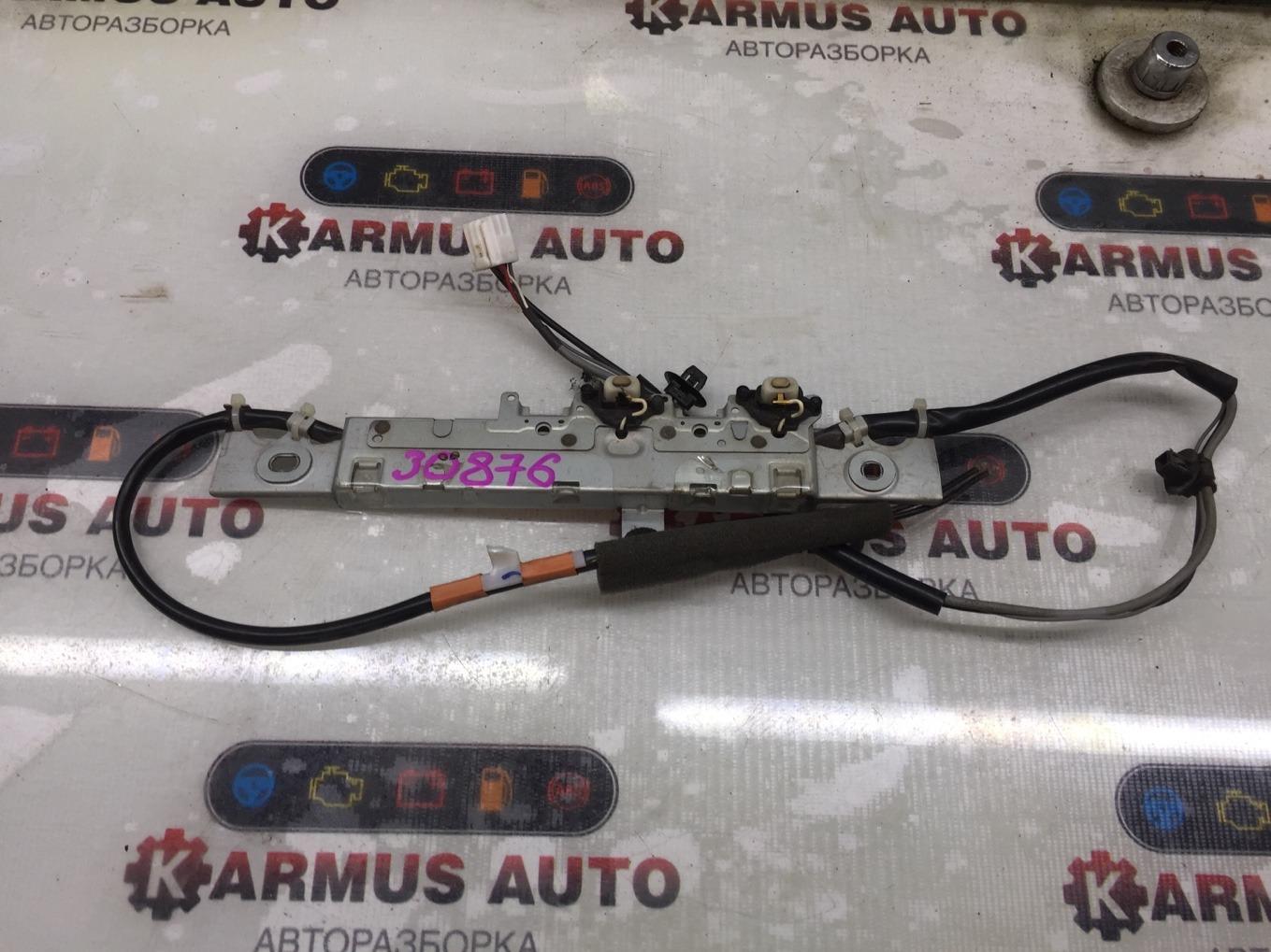 Антенна Lexus Gs450H GWS191 2GRFSE 2007 задняя левая