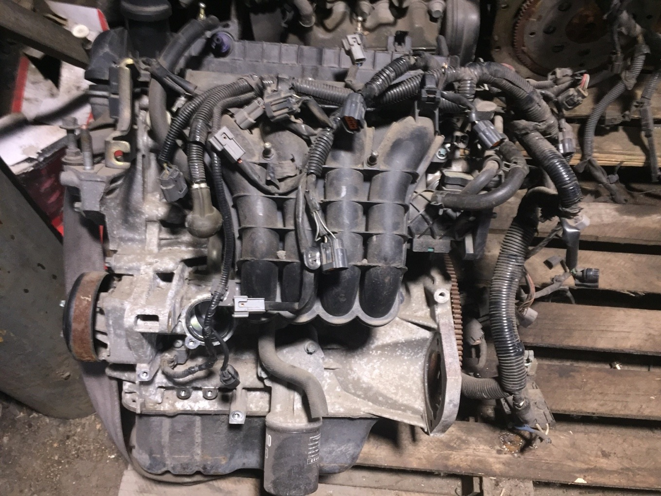 Двигатель Mitsubishi Colt Z21A 4A90