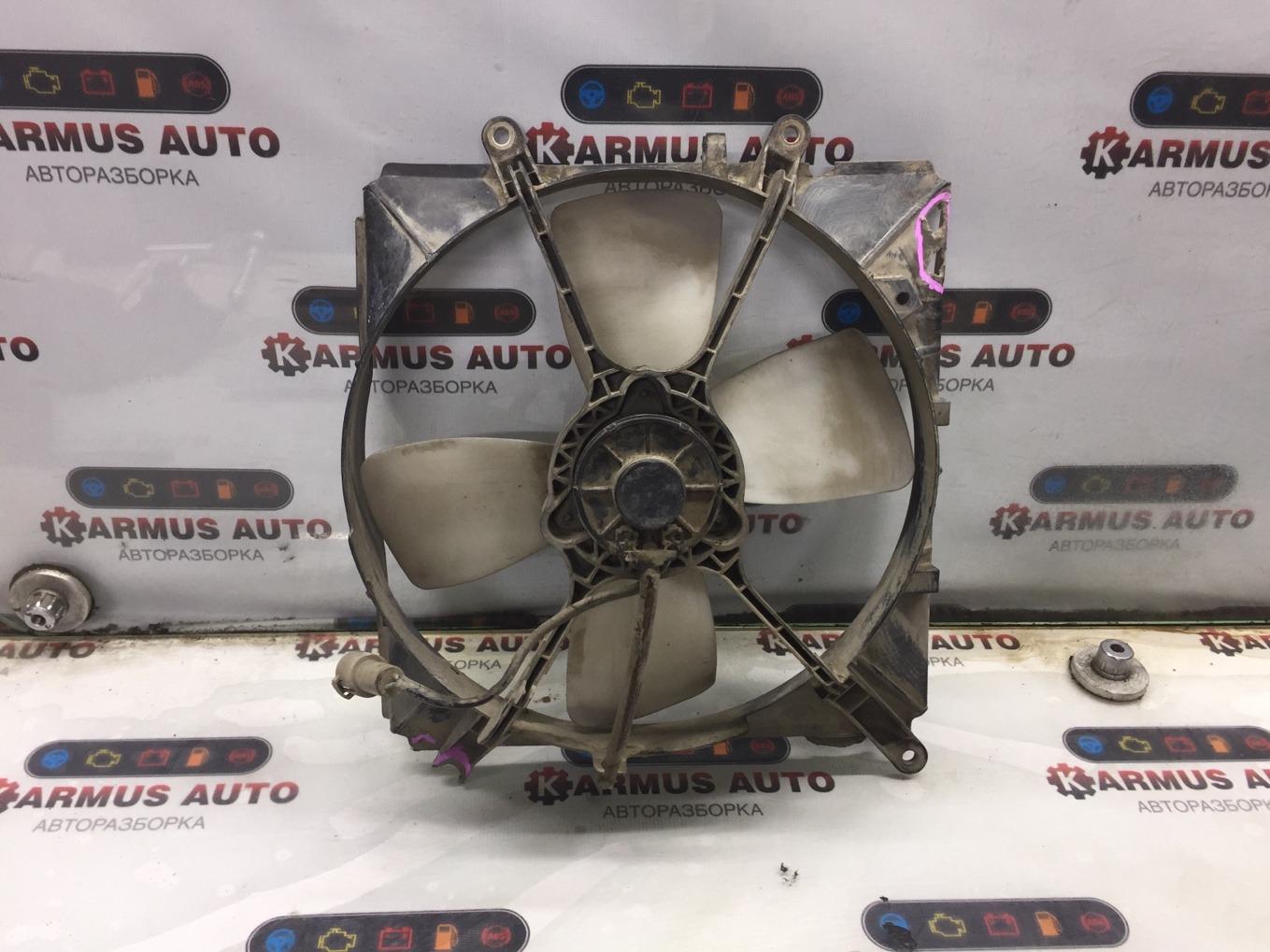 Диффузор радиатора Toyota Toyota Sprinter AE91 5AF 1987