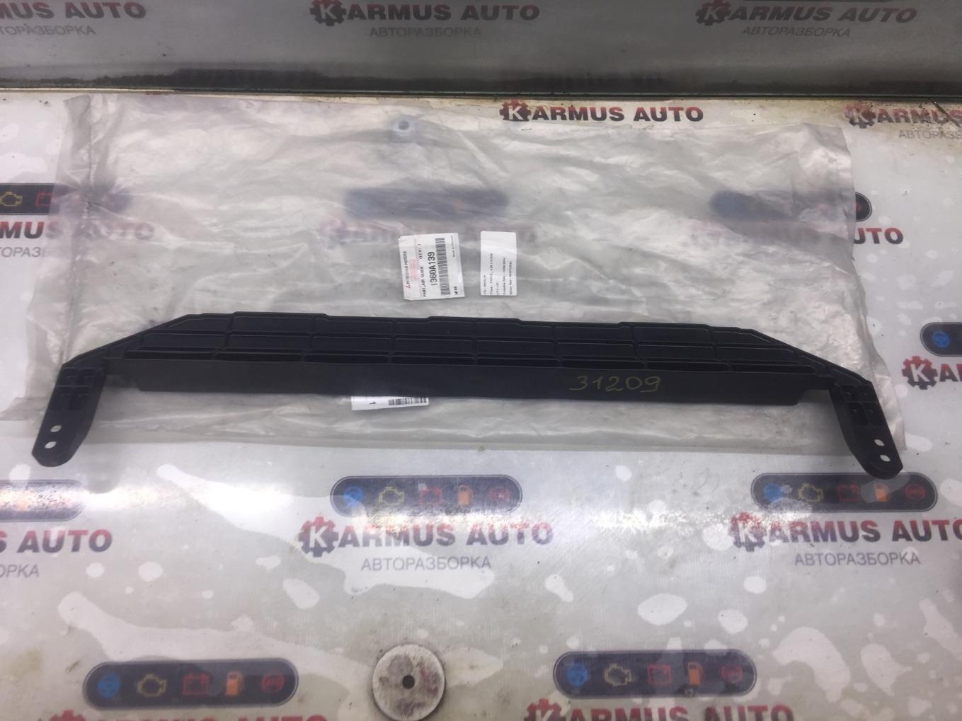 Дефлектор радиатора Mitsubishi L200 KA4T 4D56