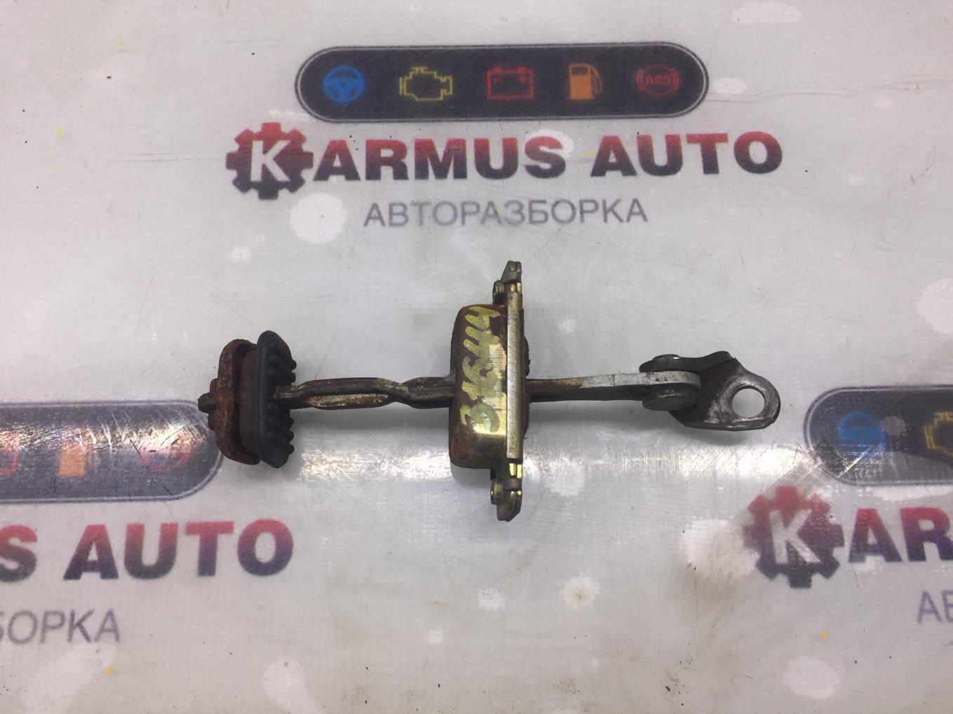 Ограничитель двери Honda Cr-V RD1 B20B задний правый