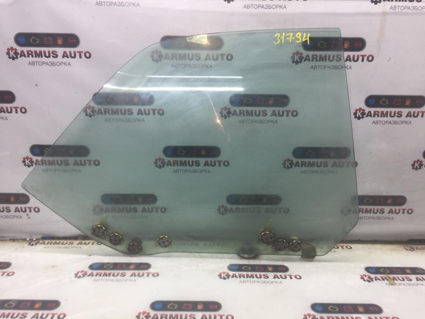 Стекло боковое Nissan Bluebird EU13 SR18DE заднее правое