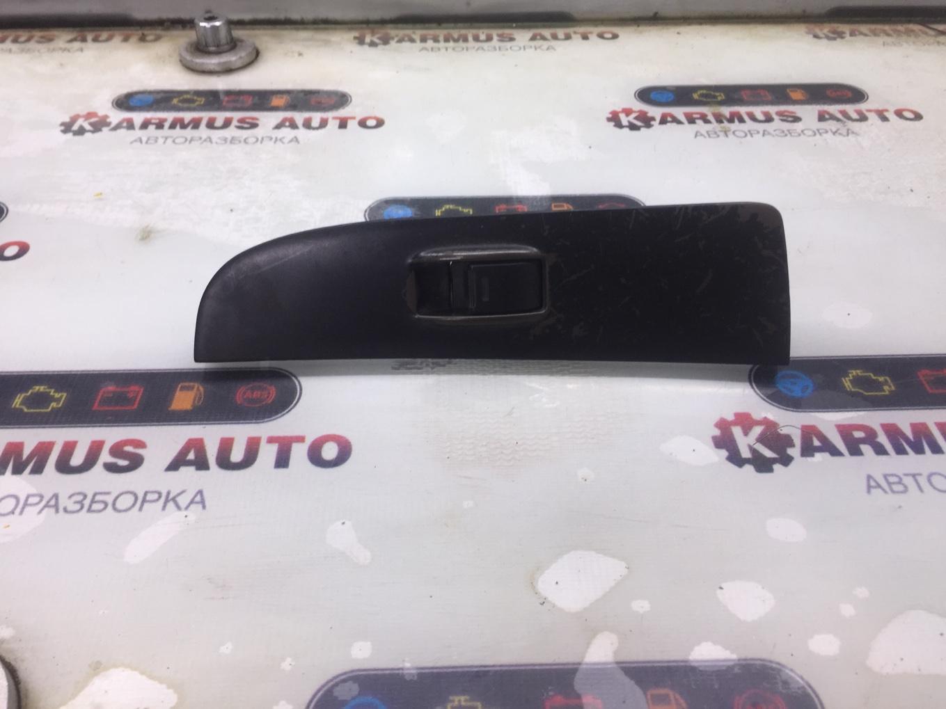 Блок управления стеклоподъемником Toyota Chaser SX80 4SFI 1990 передний левый