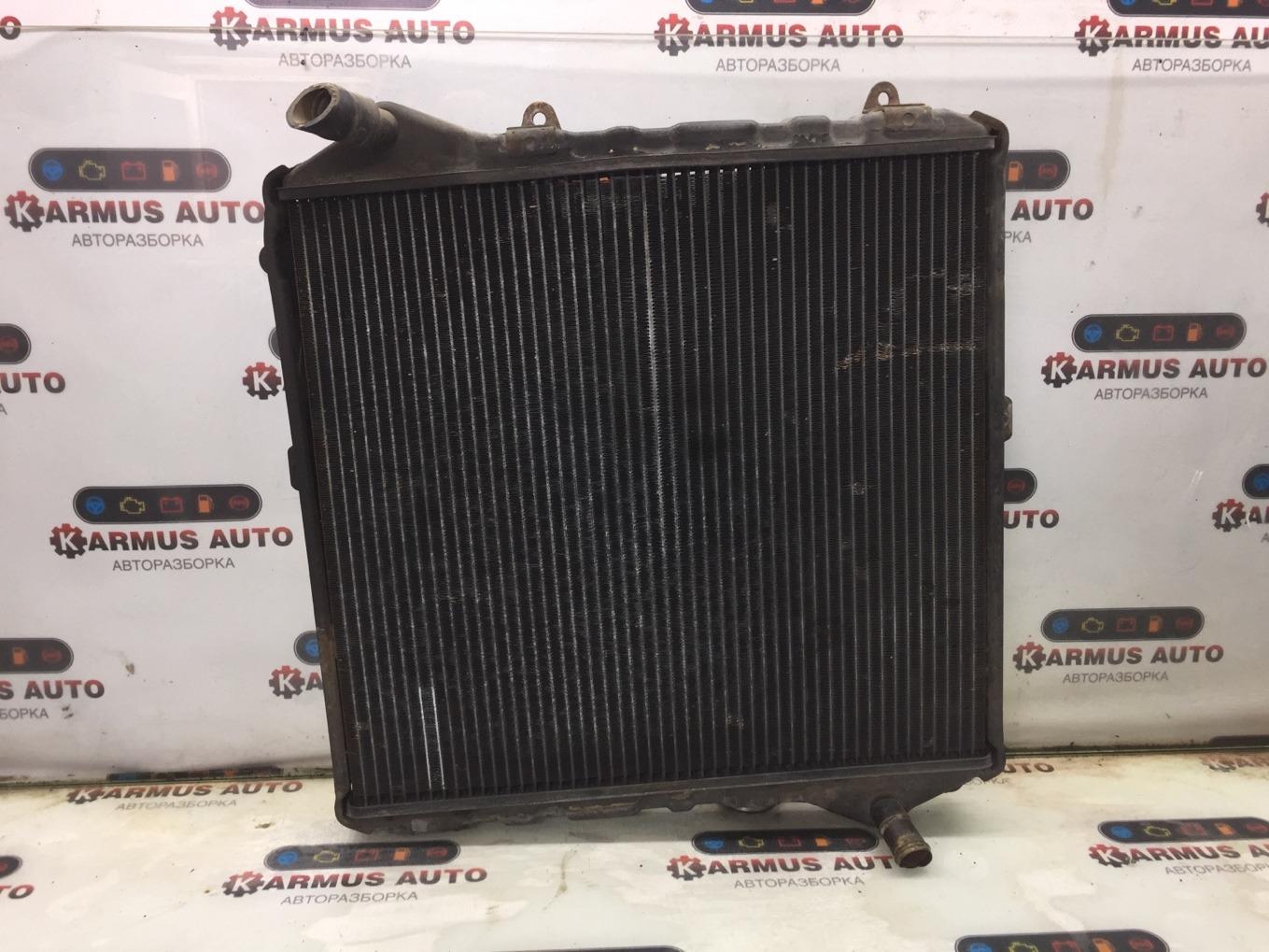 Радиатор охлаждения двигателя Toyota Hiace KZH106W 1KZTE нижний