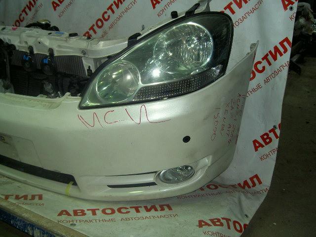 Туманка Toyota Ipsum ACM21W, ACM26W 2AZ 2003 левая