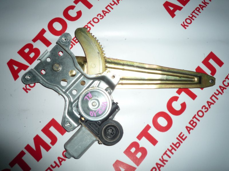 Стеклоподъемник Toyota Vitz NCP10, NCP13, NCP15, SCP10, SCP13 2001 задний левый