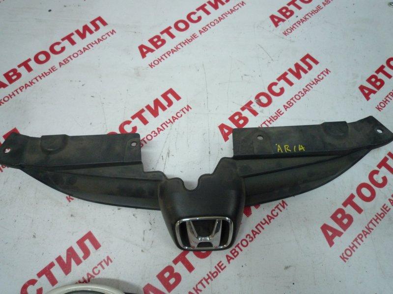 Решетка радиатора Honda Fit Aria GD6, GD7, GD8, GD9 2002-2005