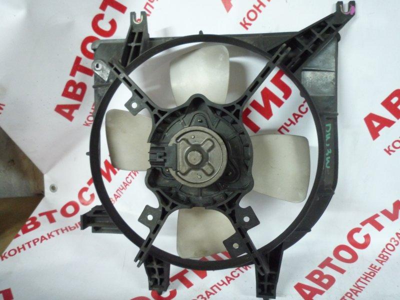 Диффузор радиатора Mazda Demio DW3W, DW5W B3 2000
