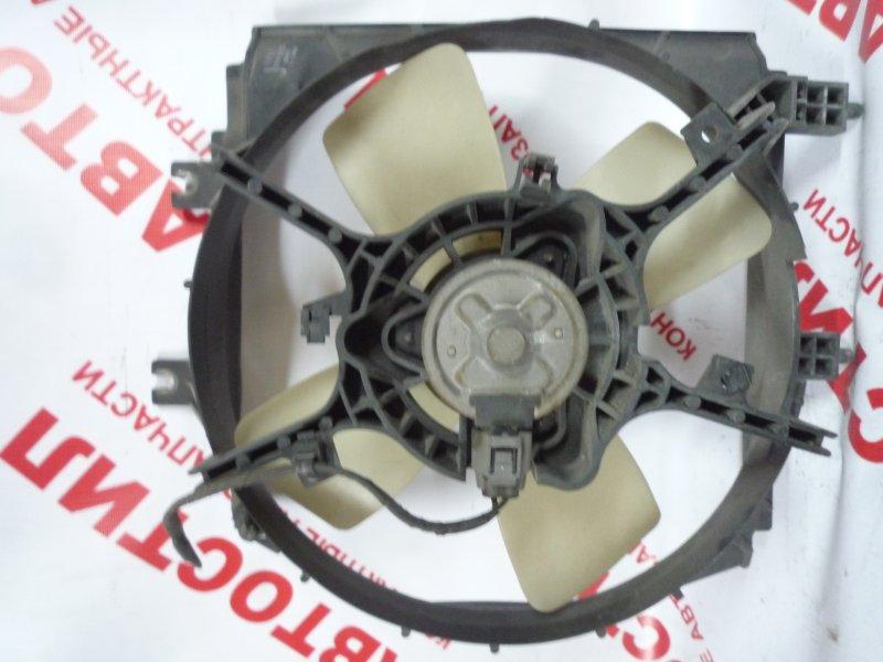 Диффузор радиатора Mazda Premacy CP8W, CPEW 2000